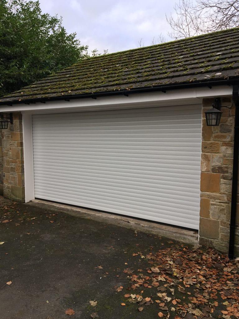 white garage door longbenton newcastle